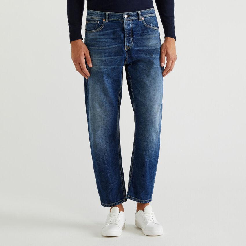 Jeans mit Used-Effekt