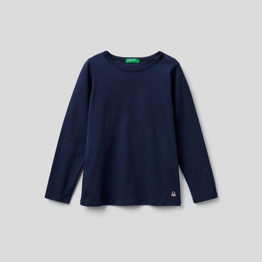 Dunkelblaues T-Shirt mit langen Ärmeln