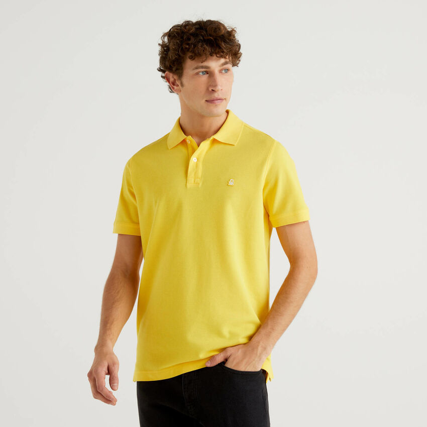 Personalisierbares Regular-Fit-Polo in Gelb