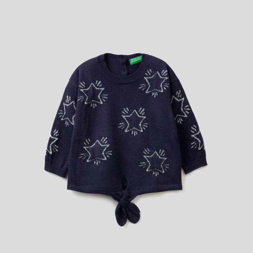 Pullover mit Sternen als Intransienarbeit und Masche