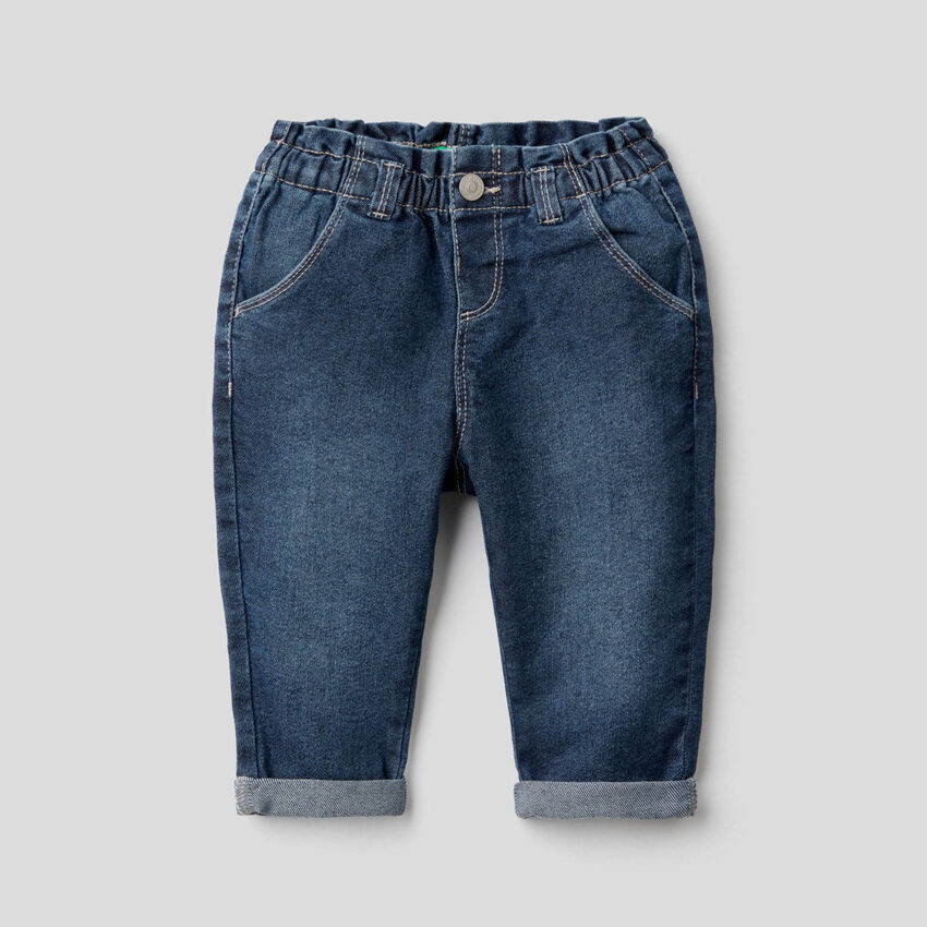 Jeans aus elastischem Denim