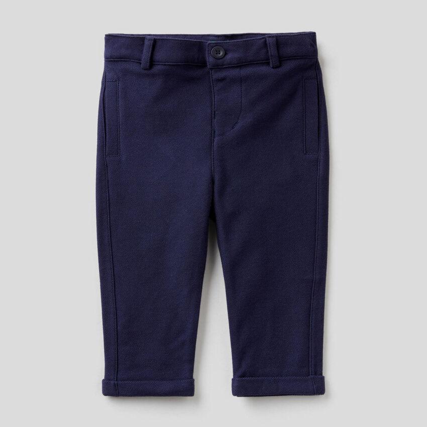 Elegante Hose aus Sweatstoff in 100% Baumwolle
