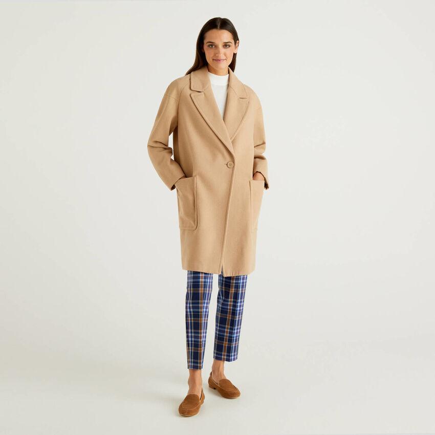 Mantel aus Webstoff in einer Wollmischung