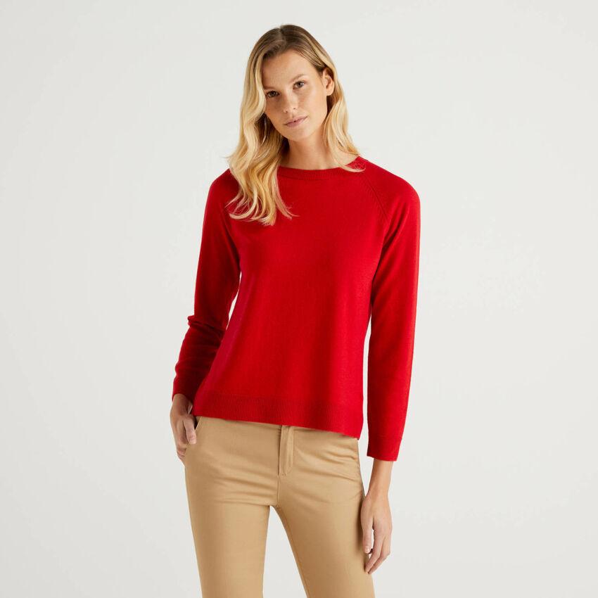 Roter Pullover mit Rundausschnitt in einer Mischung aus Wolle und Cashmere