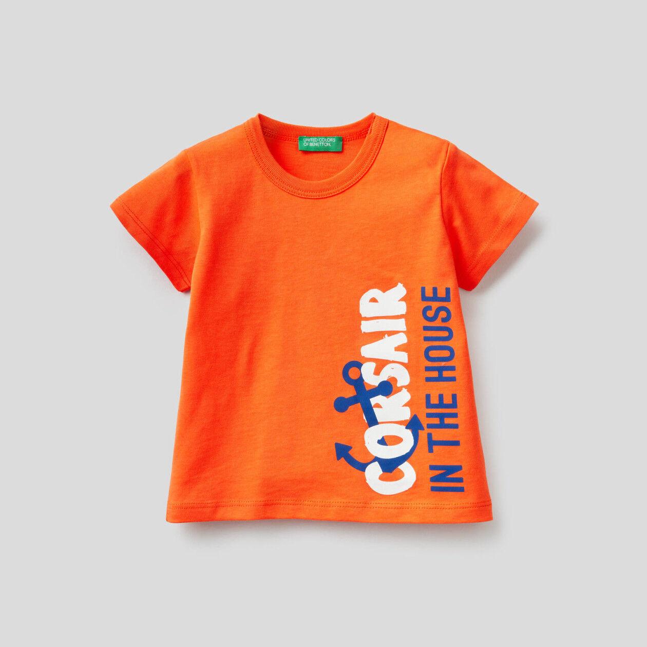 T-Shirt aus 100% Baumwolle mit Maxi-Print
