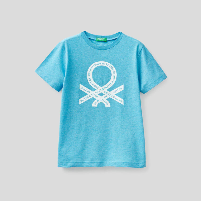 Neonfarbenes T-Shirt mit aufgedrucktem Logo