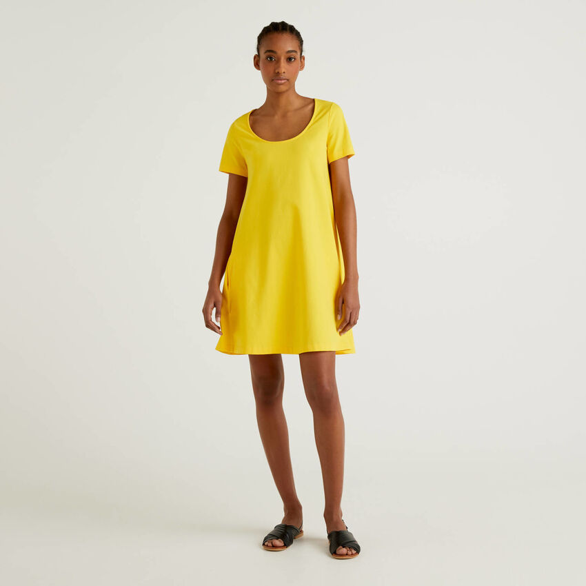 Kleid aus stretchiger Baumwolle