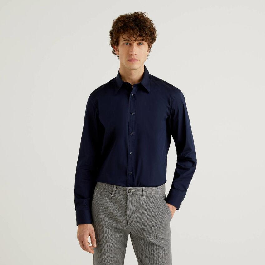 Einfarbiges Slim-Fit-Hemd