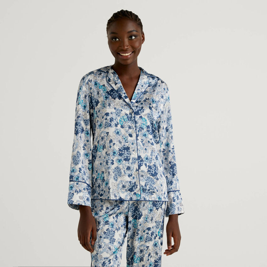 Pyjama-Bluse mit Blumenprint