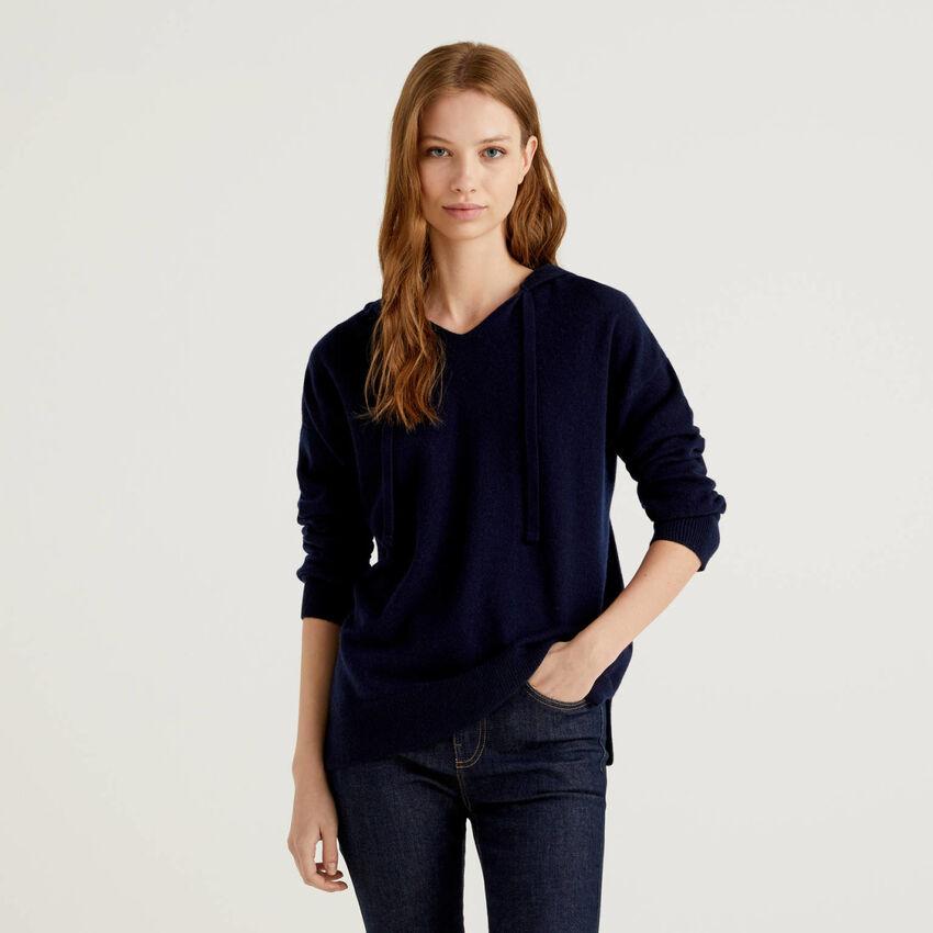 Pullover aus reinem Cashmere mit Kapuze