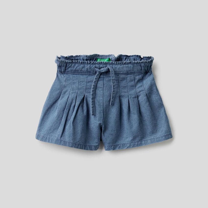 Shorts aus Denim mit Streifen