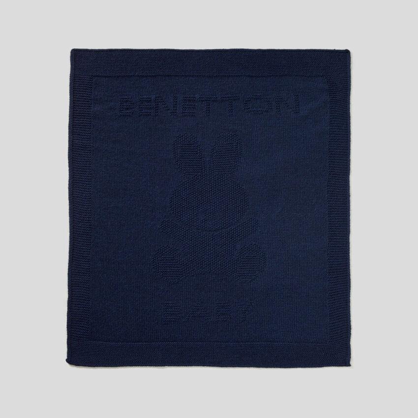 Decke aus einer Wollmischung