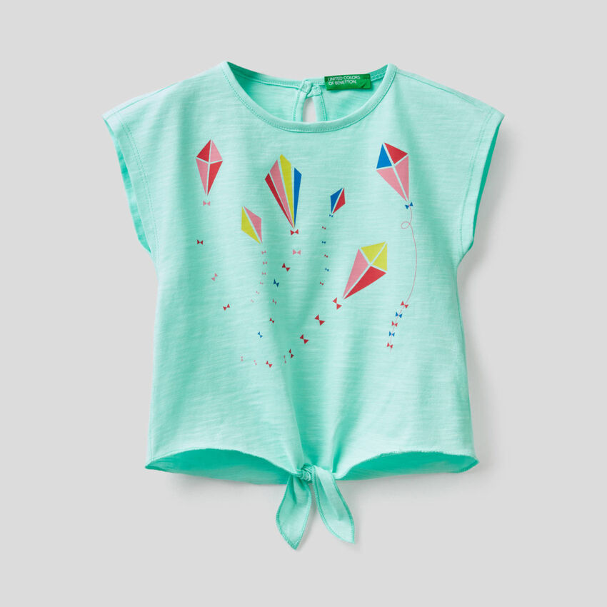 T-Shirt aus 100% Baumwolle mit Schleife am Unterrand