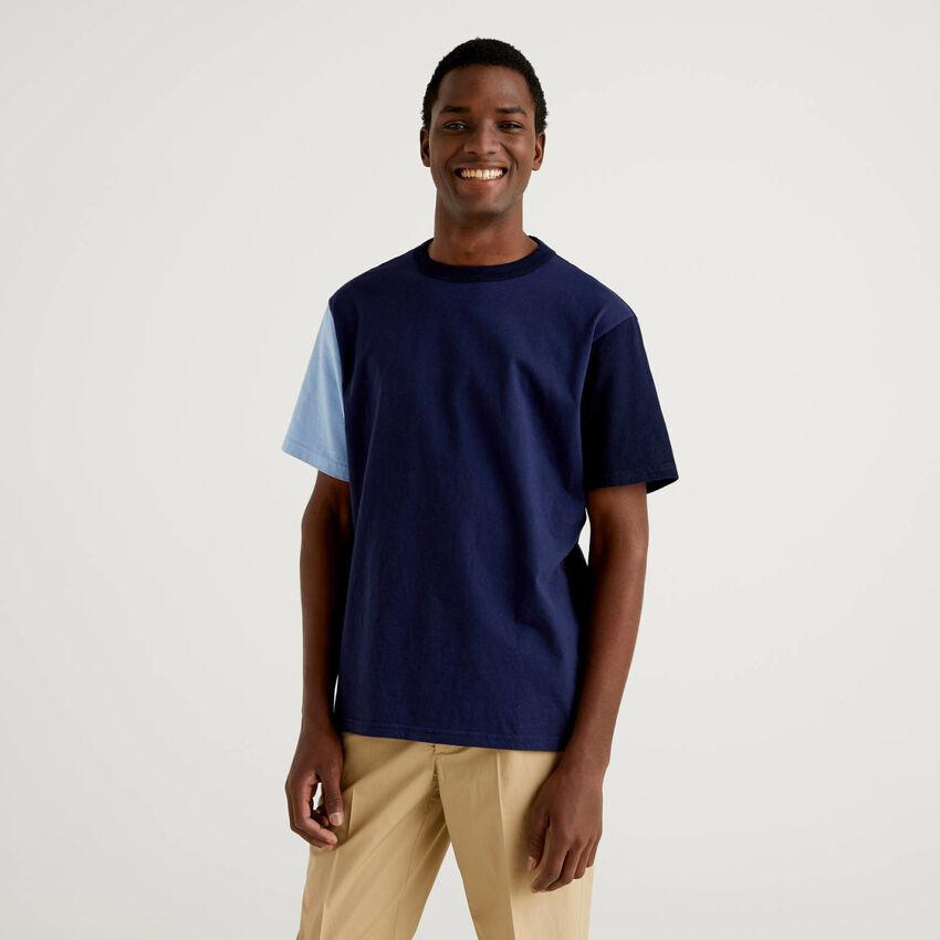 T-Shirt mit Farbblöcken und kurzen Ärmeln