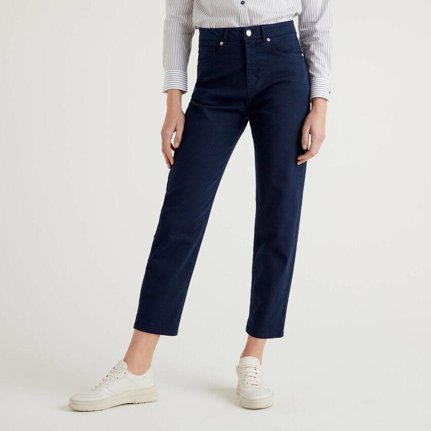 Boyfriend-Hose aus stretchiger Baumwolle