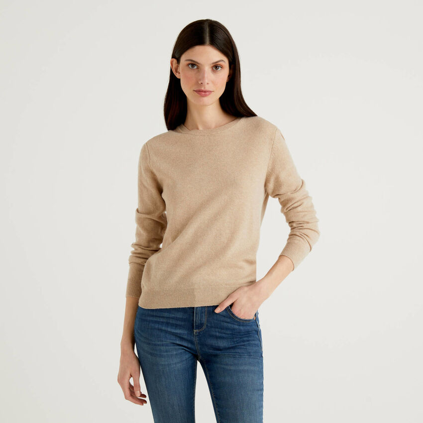 Pullover aus reiner Schurwolle mit Rundausschnitt