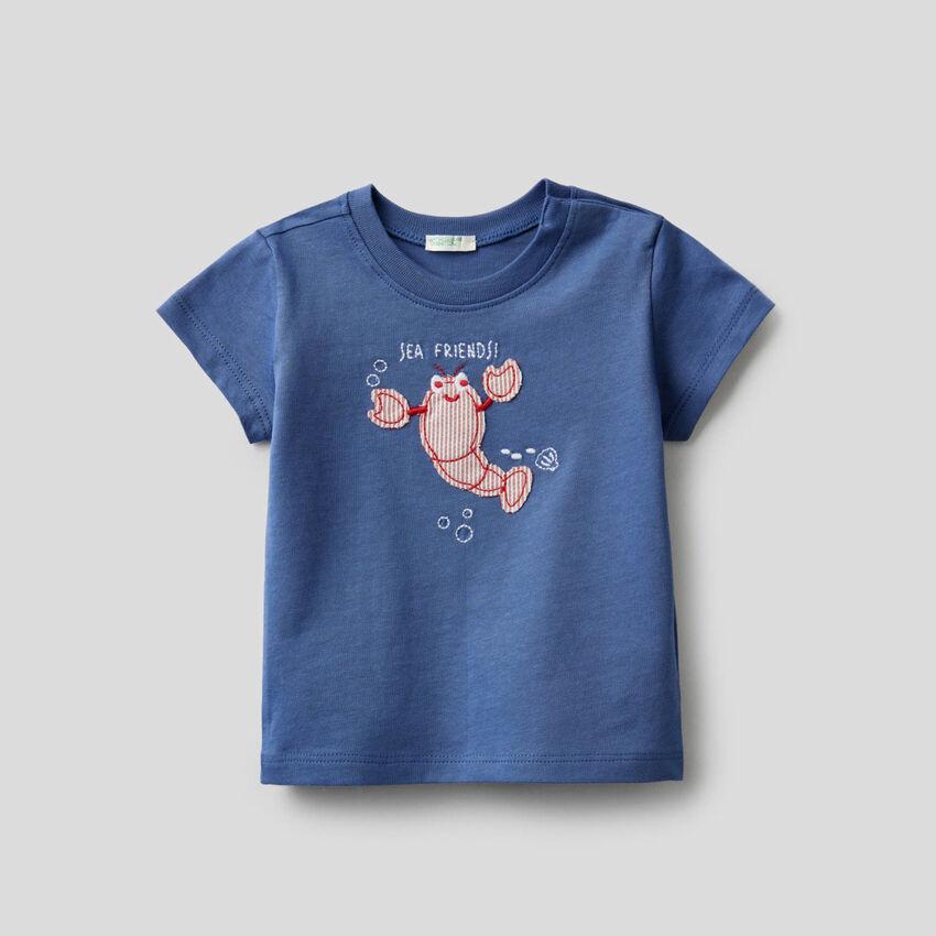 T-Shirt aus Bio-Baumwolle mit Stickerei