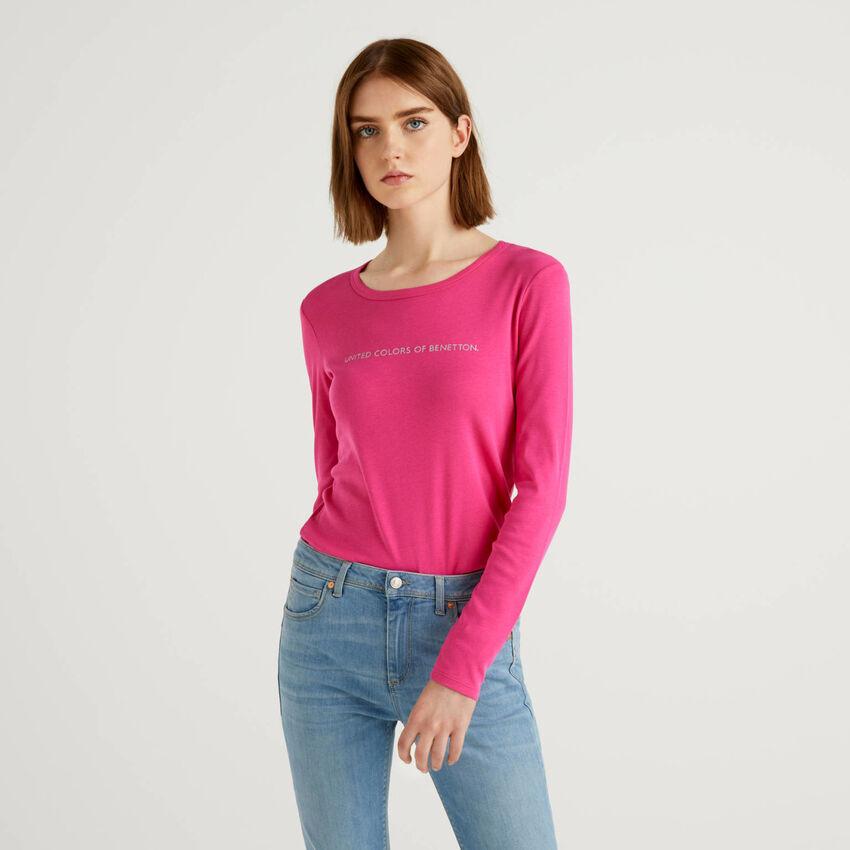 Fuchsiafarbenes T-Shirt aus 100% Baumwolle mit langen Ärmeln