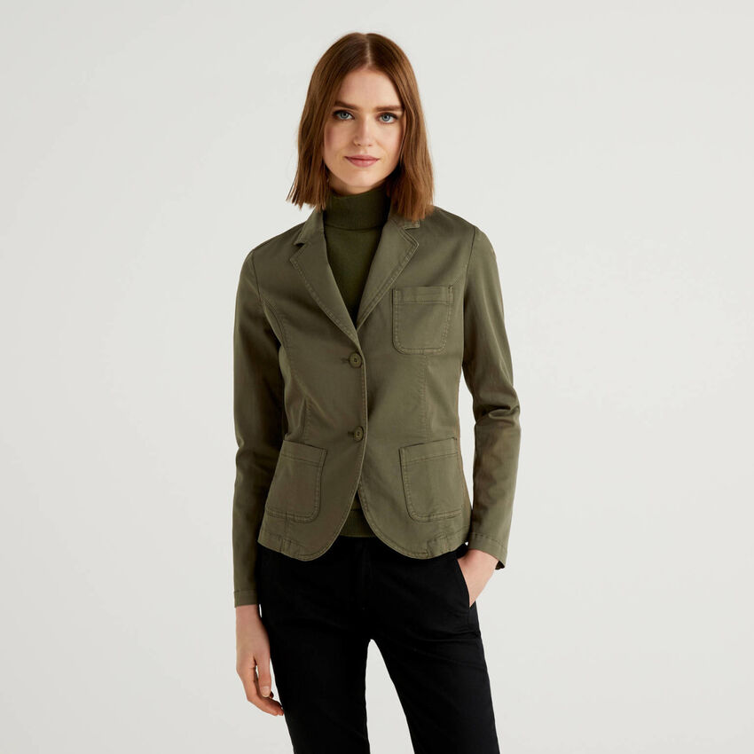 Taillierter Blazer aus stretchiger Baumwolle