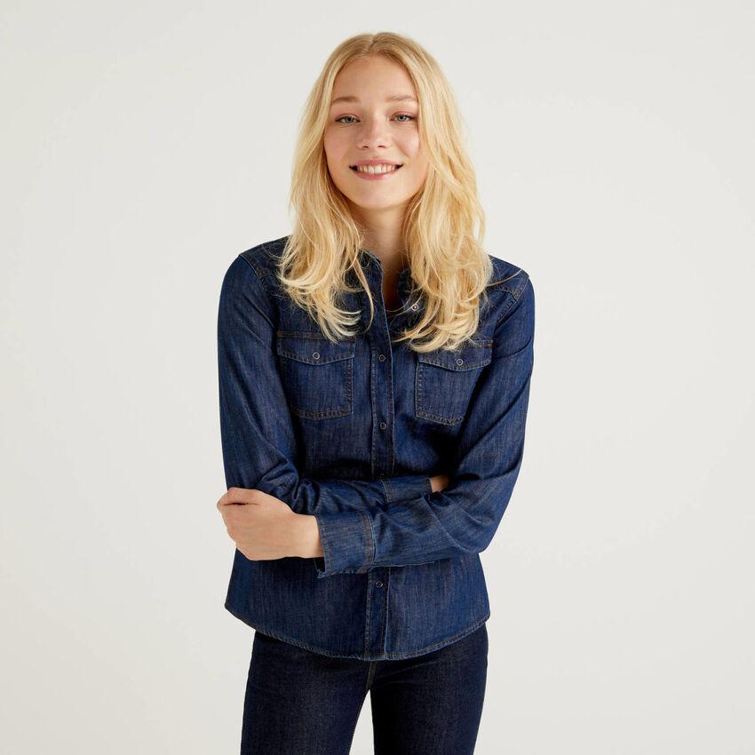 Jeansbluse im Western-Stil