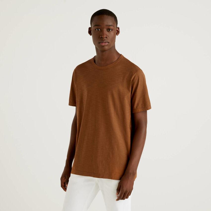 Braunes T-Shirt aus 100% Baumwolle mit Print