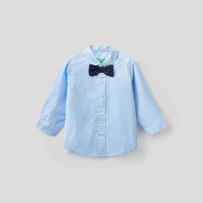 Hemd aus Baumwolle mit Fliege