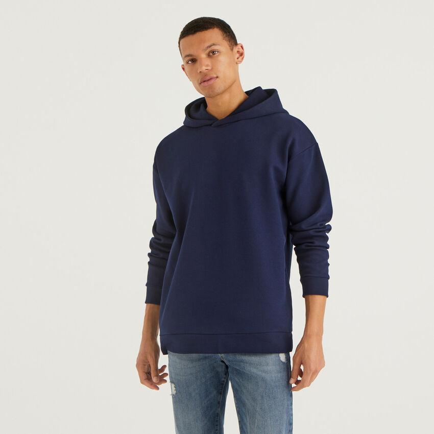 Sweatshirt aus elastischem Stoff mit Kapuze
