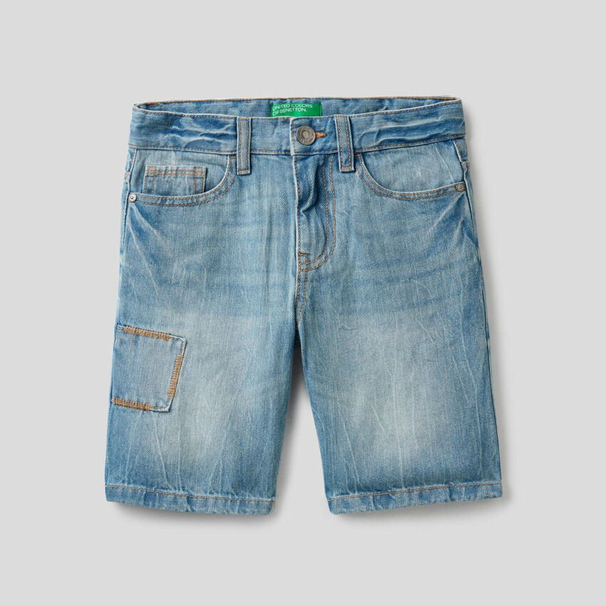 Jeansbermuda aus 100% Baumwolle