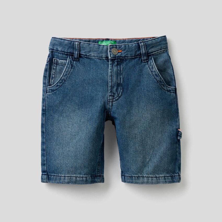Kurze Hose aus Denim in 100% Baumwolle