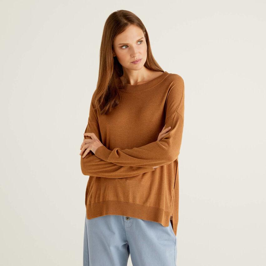 Pullover mit Schlitzen und lockerer Passform