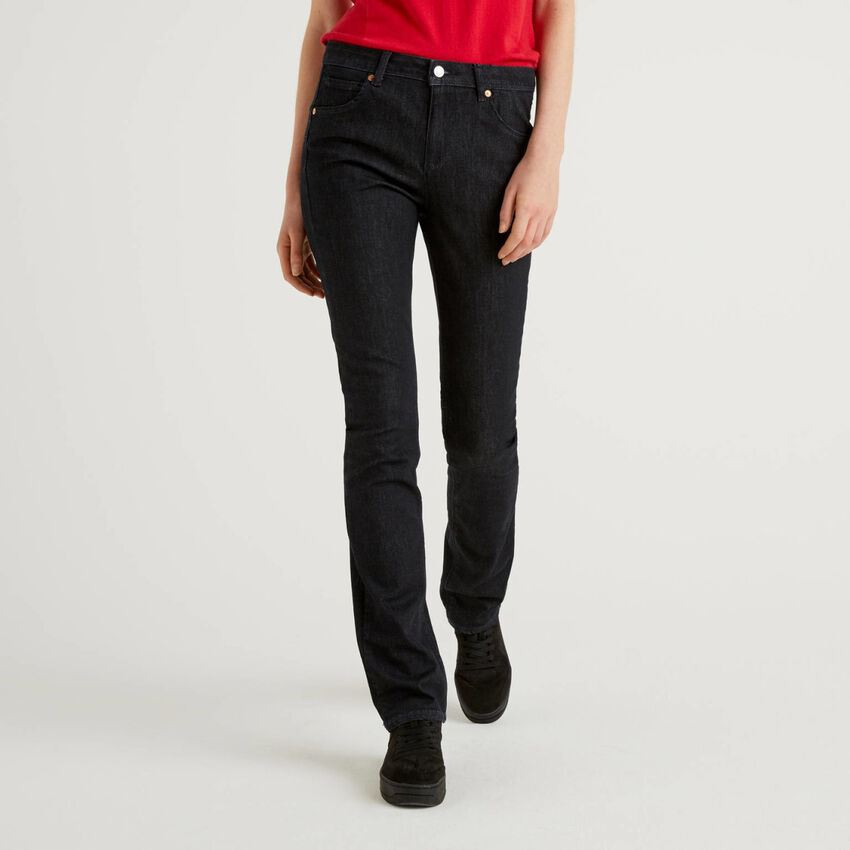 Push-Up-Jeans mit Bootcut