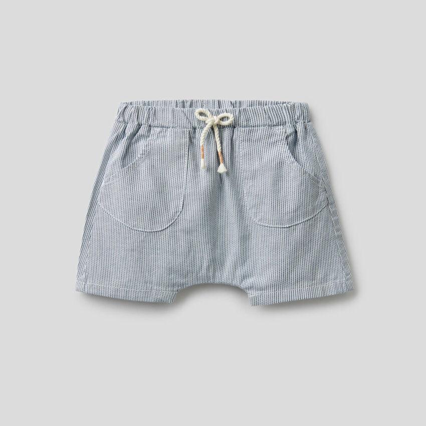 Gestreifte Shorts aus reiner Baumwolle