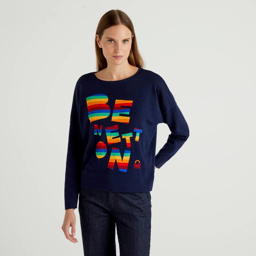 Pullover aus 100% Baumwolle mit buntem Logo