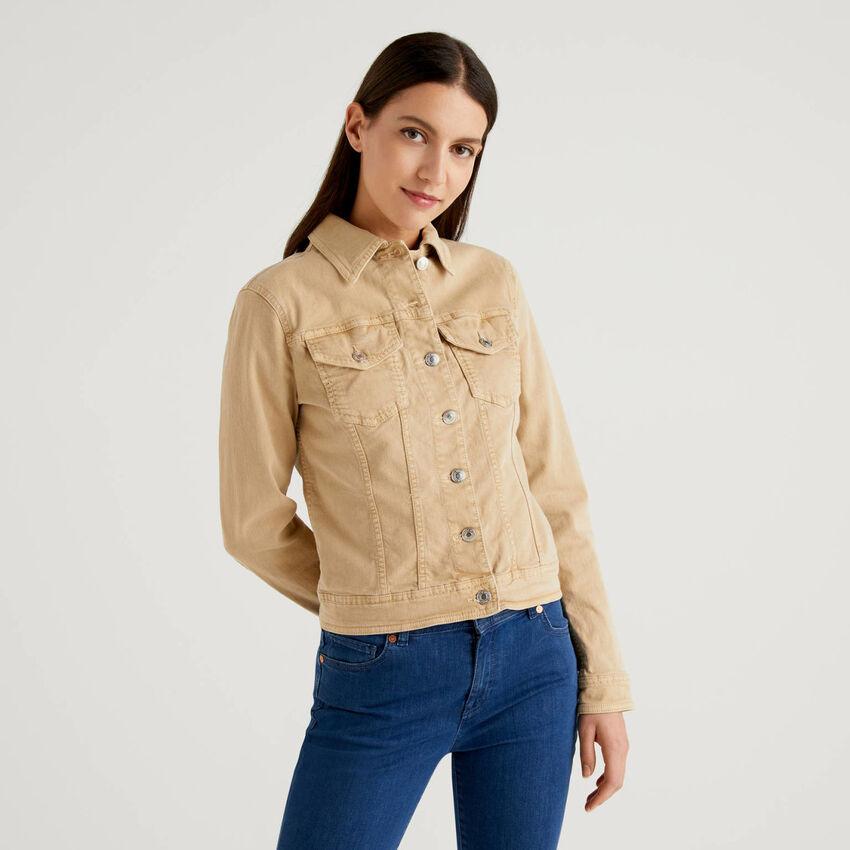 Jacke aus Baumwolle mit natürlicher Färbung