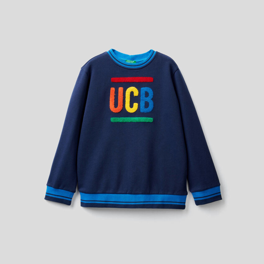 Sweatshirt aus 100% Baumwolle mit Stickerei
